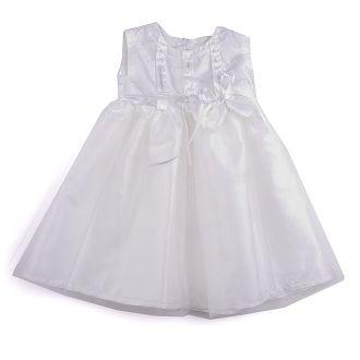 Красива рокля в бяло с тюл