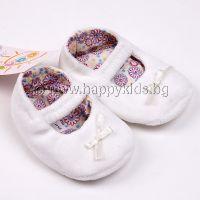Бебешки буйки в бяло